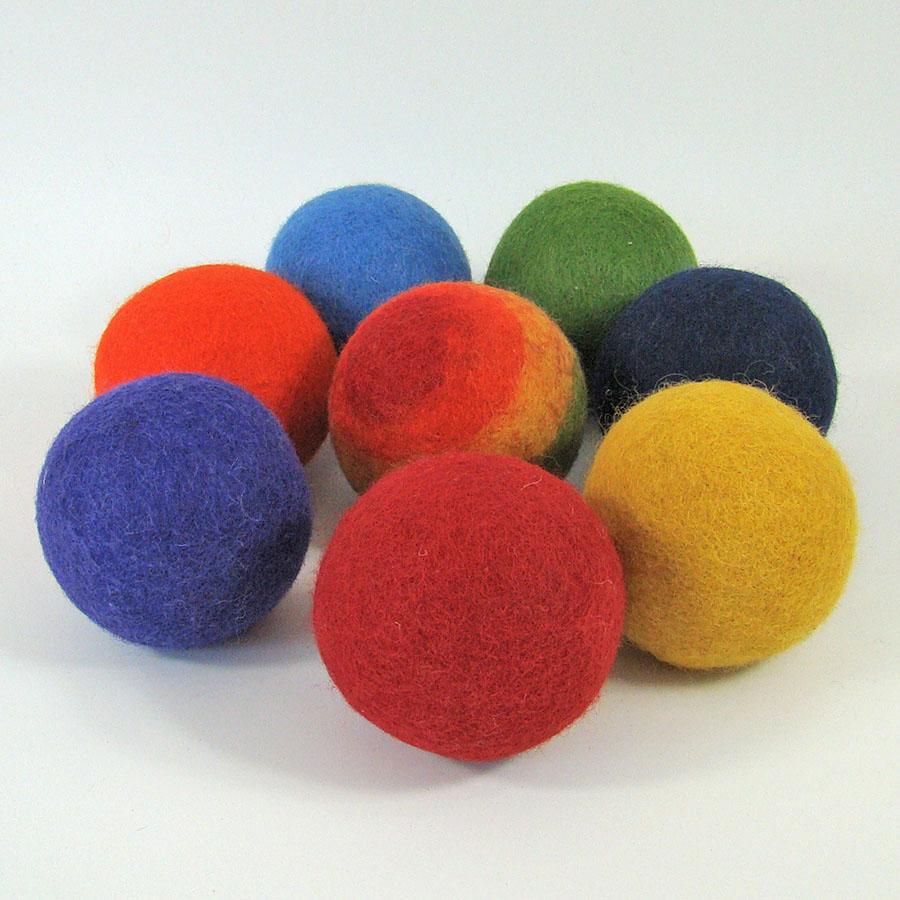 Balles 7 cm en laine feutrée Rainbow - set de 8