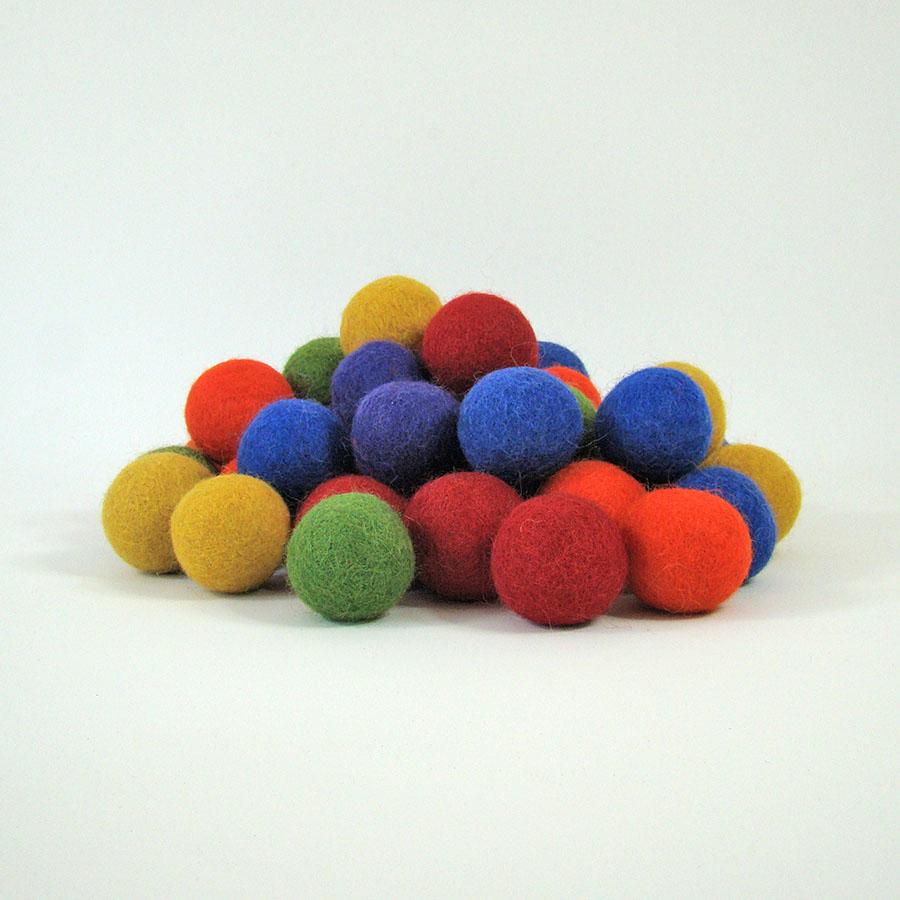 Balles 3,5 cm en laine feutrée Rainbow - set de 49