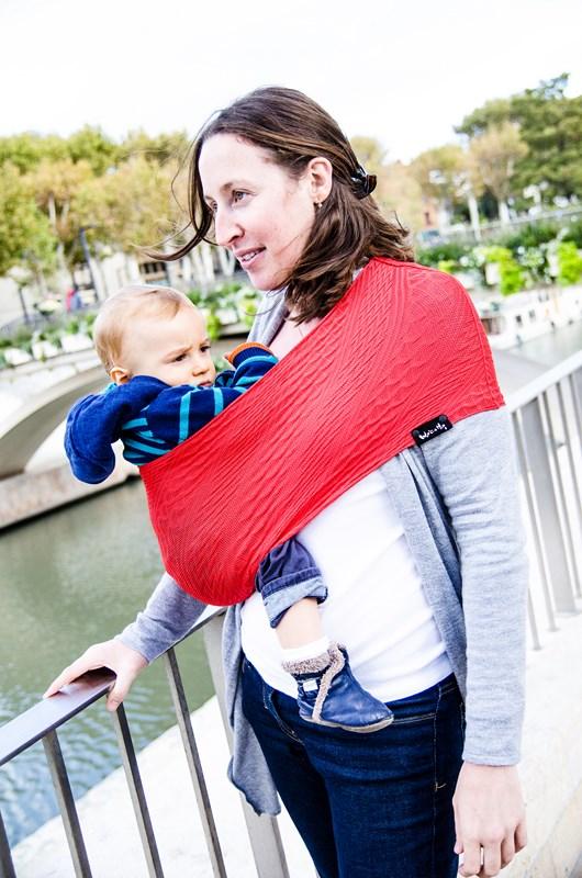 Porte-bébé Sling Tube WACOTTO Rouge - Maman Natur elle 8b6be37a201