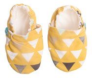 Chaussons souples bébé Triangles on Mustard