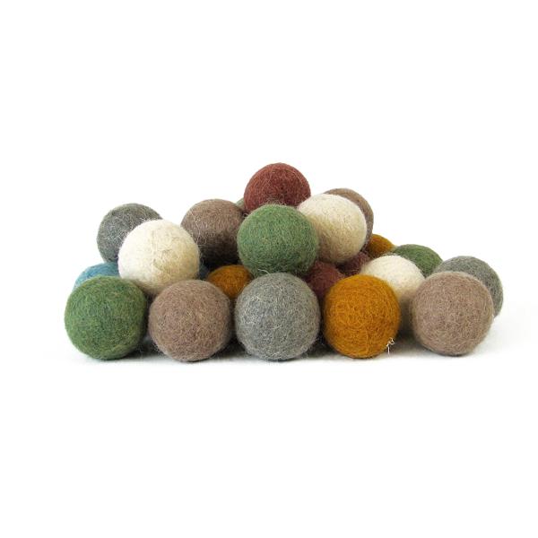 Balles 3,5 cm en laine feutrée Earth - set de 28