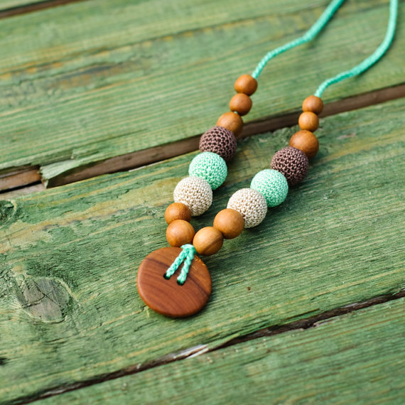 Collier d'allaitement et de portage Mint green & Brown Pommier - KC012