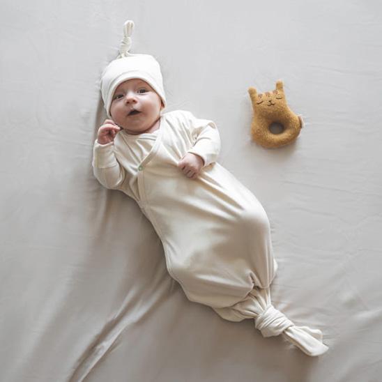 Gigoteuse à nouer Dream-bag et bonnet Milky joy
