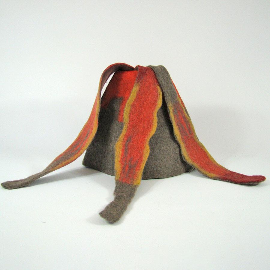 Monde des Dinosaures en laine feutrée - Volcan et Lave